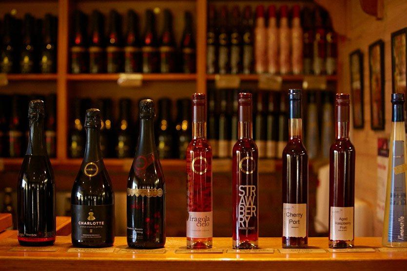 mornington peninsula winery tour visits boutique wineries